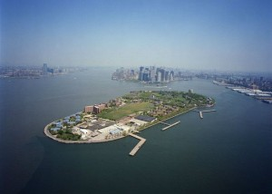 governors-island-aerial_1