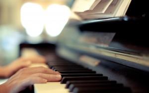 playing-piano-tumblr-wallpaper-2