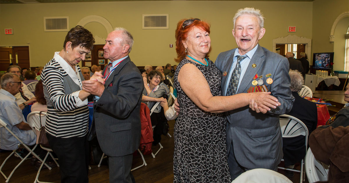 """The Russian Senior Center, or """"Poka Gorit Svecha,"""" is a JCH program designed for the interests of the Russian-speaking aging community."""